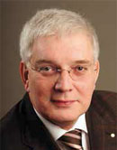 Dr. Rolf Lichtner