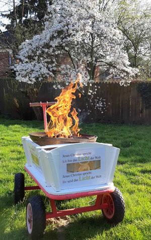 Osterfeuer auf dem Bollerwagen